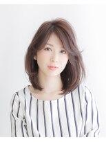 ムード 金沢文庫 hairdesign&clinic mu;dラフな毛先のフェミニンひし形シルエットヘア