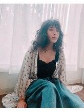 ネイビー グラ ヘアー ストーリー(NAVY gra HAIR STORY)恋する柔らかパーマ+高彩度カラー