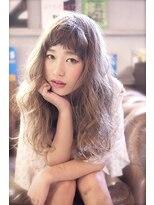 ラベリー(LOVELEY)LOVELEY 外国人風アッシュベージュロングウェーブ☆424