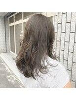 アルマヘアー(Alma hair by murasaki)Aラインロングのカーキグレージュ