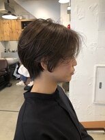 リー 代官山(Яe)【Яe代官山/高橋知裕】横から見ても綺麗なショートヘア!