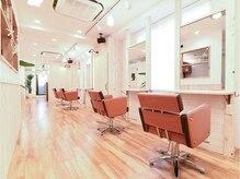 アグ ヘアー アロハ 柏店(Agu hair aloha)の雰囲気(ゆったり寛げる空間。家にいるようにRelaxできます。)