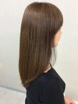エッセンシャルヘアケア アンド ビューティー(Essential haircare & beauty)綺麗なロングスタイルカット