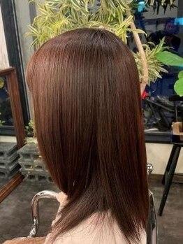 """サロングロー(salonGLOW)の写真/薬剤効果の浸透が早い《GLOW》人気の""""キラ水カラー""""☆髪への負担を減らし、トリートメントの効果を増加♪"""
