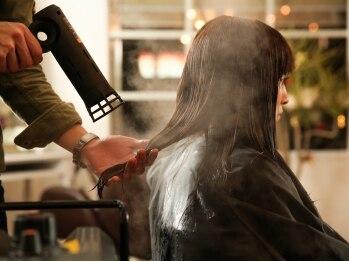 ルガールリコ(Lugar Rico)の写真/≪安心感を大切に≫髪のお悩み、理想のスタイルなんでも相談できちゃいます☆心地よいサロンタイムを・・♪