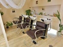 美容室 タンビア(tanbia)の雰囲気(癒しのシャンプー&スパ空間)