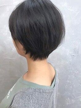 カラー倶楽部の写真/《ボタニカル成分》と《保湿》に着目したオリジナルカラー剤が自慢◇年齢による髪のお悩みもご相談ください