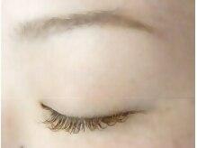 アイラッシュエイチアールイー(eyelash H.R.E)の雰囲気(ブラウンエクステでふんわりやわらかい雰囲気の目元に♪)