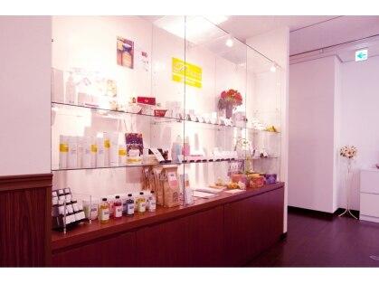 トータルビューティサロン パリス 梅田茶屋町店の写真