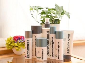 アロマエステサロン エッセンス/ダーマロジカ化粧品