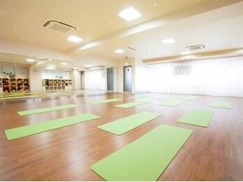 ヨガスタジオ ドゥミルネサンス 池袋東口(東京都豊島区)