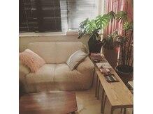 モアニ リラクゼーションビューティーサロン(moani relaxation beauty salon)の雰囲気(オーナーの手作り感満載の温もりのある店内☆)