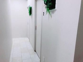 メリーメリー(MERRY MERRY)/施術室入口♪