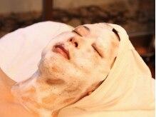 美顔サロン ペペレ(pepere)の雰囲気(ふんだんに使うアジュバン化粧品で中からぷるぷる)
