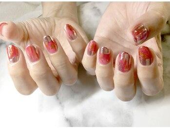 ネイルサロンブラン(nail salon BLANC)/クリアな赤のニュアンスネイル