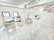 アトリエメルシー 青葉台(atelier merci)の雰囲気(ラグジュアリーな大人な空間の店内。ゆっくりおくつろぎください)