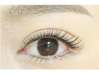 アイラッシュサロン ブラン 和歌山ミオ店(Eyelash Salon Blanc)の写真/【高品質でモチが良くて大好評!】あなたのまつ毛の状態を把握!