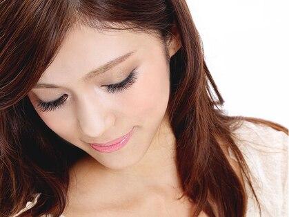 アイラッシュサロンブラン 藤沢オーパ店(Eyelash Salon Blanc)の写真