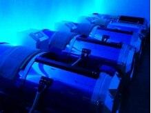高気圧酸素カプセル6台完備。海底にいるかのような心地よい圧力