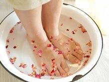 ハボナ(HABONA)の雰囲気(オイルケアの前に足湯で温めます☆足元からポカポカ♪)