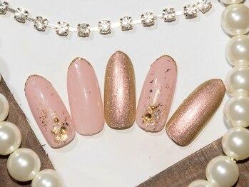 アット ウィル ヘアー ネイル(at will hair nail)の写真/オトナ女性向けオフィスネイルならお任せ下さい☆シンプルなのに存在感のある、魅力的なお爪を創ります♪