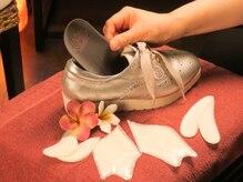 サロンロータスブルーム 自由が丘(Salon Lotus Blooms)の雰囲気(神戸ビューフォートの靴づくりを活かしたフットケアをご提案)