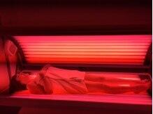 コラーゲン,エラスチンの生成を促す特殊な光を照射!DETOX効果大