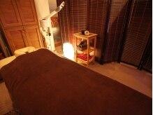 個室でアロマを焚いた癒しの空間☆