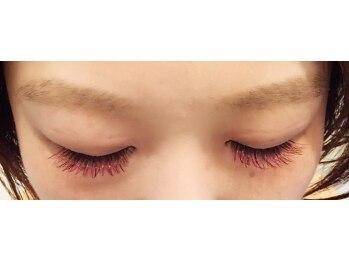 アイラッシュメゾンアンドゥ (eyelash maison undeux)/カラーエクステ WINERED×PINK