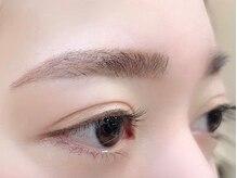 フリルアイビューティ バイ マカロン(Frill eye beauty by macaron)