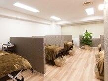 まつげブース:寝心地豊かなベッドを多数用意で予約も取りやすい