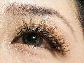ヴィラ ダイヤモンド(Villa Diamond)の写真/自まつ毛が多い方、印象的な目元にしたい方にはつけ放題メニューがおススメ♪華やかで魅せる目元に◎