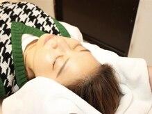 小顔革命 小顔 全身美容矯正専門店の雰囲気(痛みの少ない特別な手技。同時に顎も矯正するので理想の小顔に◎)
