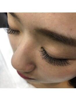 ベレッタカシル(veretta.cacil DryheadSpa&Eyelash)の写真/お客様一人一人目の形は違うため、それぞれに本当に似合うまつ毛デザインをご提供することをお約束します!