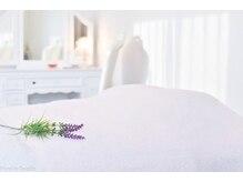 アロマセラピー健康美肌工房 紫雲の雰囲気(あたたかい光が差し込む優しい雰囲気のサロン。)