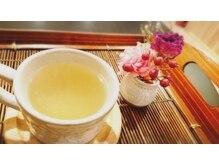 シールーム 山形本店(C-ROOM)/季節のお花とhoney ginger tea