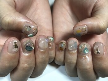 パルネイル(PAL nail)/パーツ盛り盛りネイル