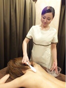 ディオーネ 栄店(Dione)の写真/コラーゲン生成&美白脱毛!脱毛システムにて繊維芽細胞を刺激しコラーゲンを生成、毛穴を引き締め肌質改善