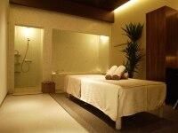 全室広々した個室の施術空間