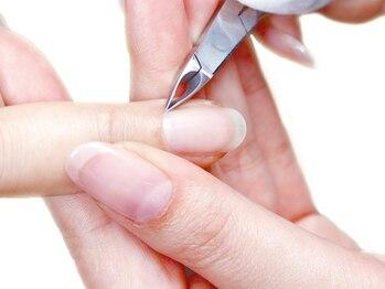 ダッシングディバ 赤羽アピレ店(DASHINGDIVA)の写真/≪ケアメニューも充実≫すぐ浮いてしまったり、モチの悪さはケアが原因かも…プロのケアで美爪をキープ!