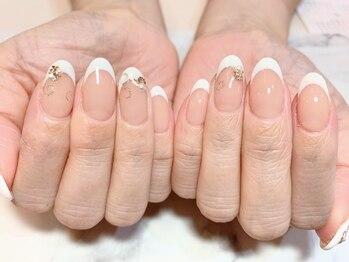 アンジェヴォーグ 名古屋本店(Angevogue)の写真/爪の形が悪い、爪が小さい…自爪にコンプレックスをお持ちの方にもオススメ!アセトンを使用せず丁寧にケア