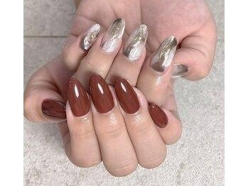 エムズネイル 本店の写真/【長さだし1本¥830~】自爪の様な自然な長さだしでスラっと美しい指先へ!