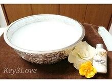 乾燥手肌も潤う♪スパに天然成分を贅沢に使用したLCN製品使用!