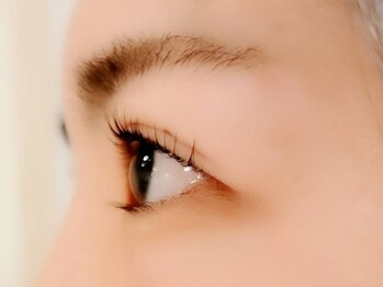 リアイズ(Re Eyes)の写真/お客様に合わせて3種のまつ毛カールをご用意!素っぴんも可愛い,満足度の高いカール感★格段に印象度UP♪
