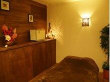 アートサロンジャサバハの雰囲気(個室は3部屋ご用意!ゆったりした時間が過ごせます♪)