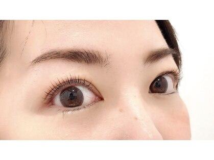 ラルジュ アイラッシュ(Large. eyelash)の写真
