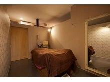 グロッシー(glossy)の雰囲気(各お部屋は雰囲気が変わり完全個室のプライベート空間)