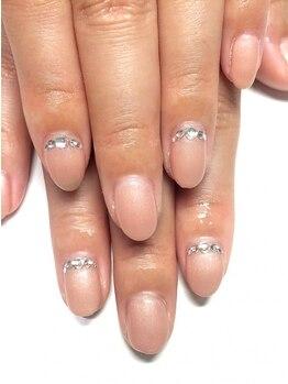 クォーターリゾートネイル(QUARTER RESORT nail)の写真/【手が綺麗に見える!】ベージュ/ピンクベージュが大人気★お好みのデザインから選べます◎