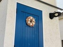 シーフラワー(sea flower)の雰囲気(青い扉が目印です★ノックをしてお入り下さい)
