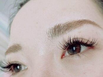 アリス(Alice)の写真/【ボリュームラッシュ取扱い店】自まつ毛の負担軽減&印象的な大きな瞳に♪自まつ毛が細い・少ない方に◎